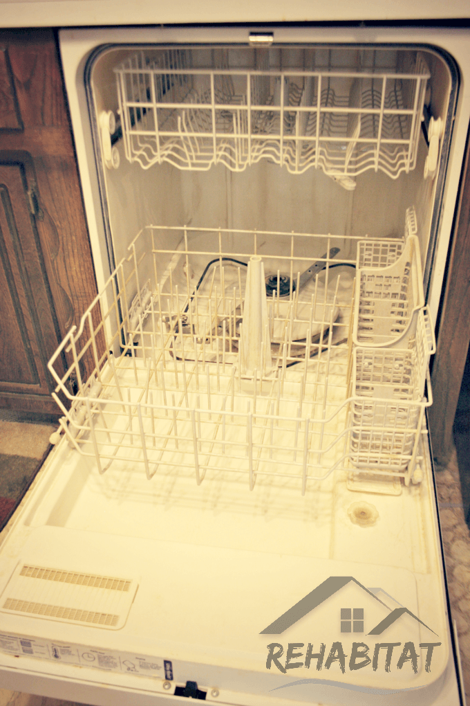 After cleaning hard water deposits from the dishwasher | rehabitathome.com